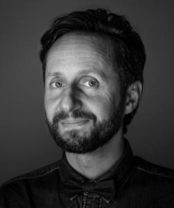 Filip Przybylski lektor, voiceover, voice over, głos do reklamy